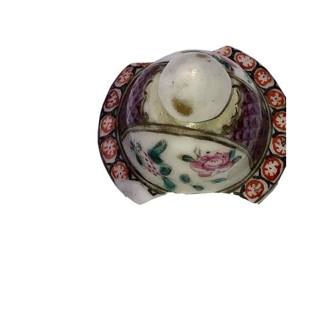 Ceramic 18th Century Mandarin Porcelain Tea Caddy For Sale - Image 7 of 10