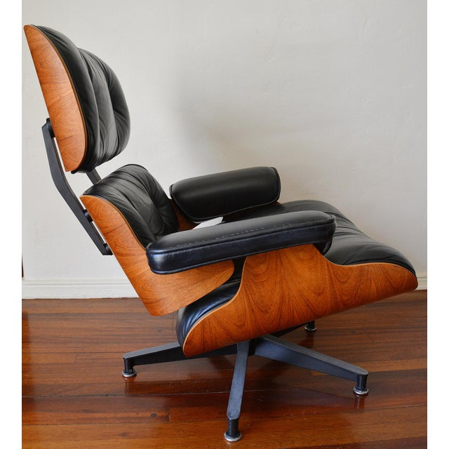 Herman Miller Vintage Herman Miller Rosewood Eames Lounge Chair & Ottoman For Sale - Image 4 of 11