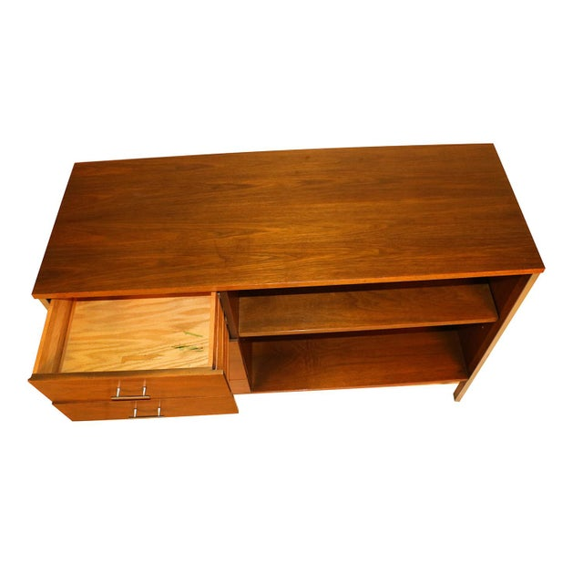 Calvin Furniture Mid Century Paul McCobb Calvin Group Dresser Media Center Bar Cabinet For Sale - Image 4 of 8