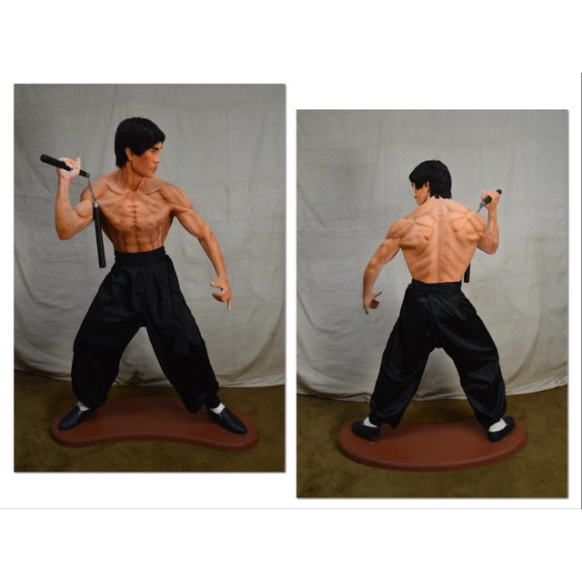*STORE ITEM #: 18451-ax Bruce Lee Kung Fu Fighter Vintage Life Size Statue AGE / ORIGIN: Approx. 30 years, America DETAILS...