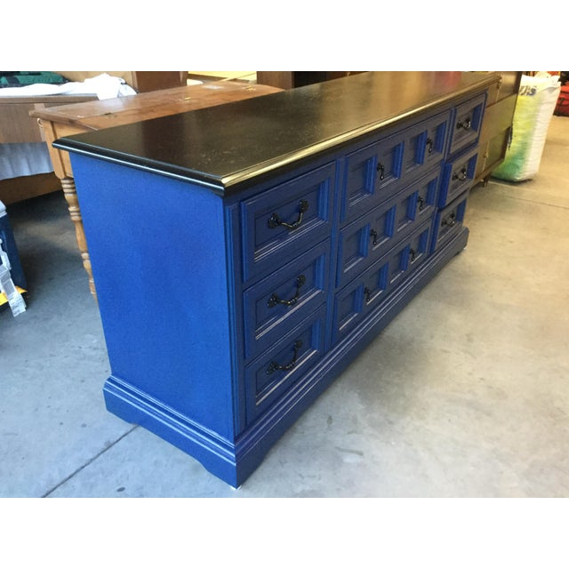 Traditional 1970s Vintage Dixie Lacquered Blue and Black Dresser For Sale - Image 3 of 11