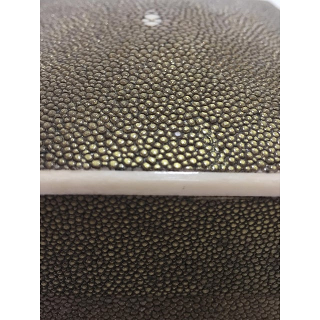 Green 1990s Art Deco R & Y Augousti Shagreen Box For Sale - Image 8 of 11