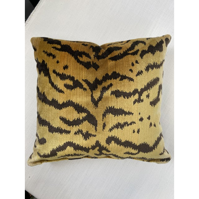 """Scalamandre Scalamandre """"Tiger"""" in Brown and Gold 18"""" Pillow For Sale - Image 4 of 5"""