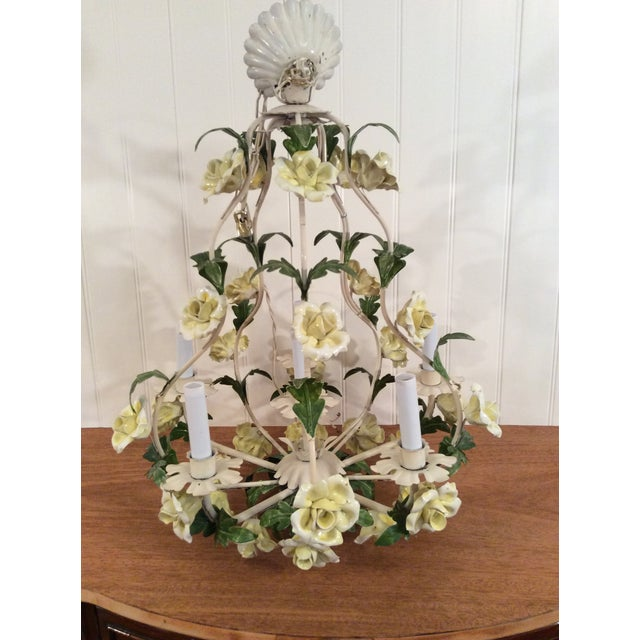 1950s Italian Toleware Six-Light Yellow Porcelain Rose Chandelier For Sale - Image 12 of 12