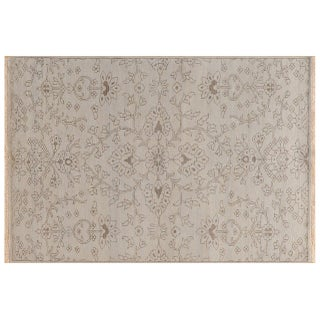 Stark Studio Rugs Traditional New Oriental Indian Wool Rug - 4′ × 6′ For Sale