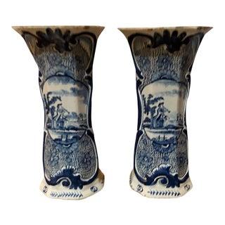 18th Century Dutch De Vergulde Blompot Factory Vases - a Pair For Sale
