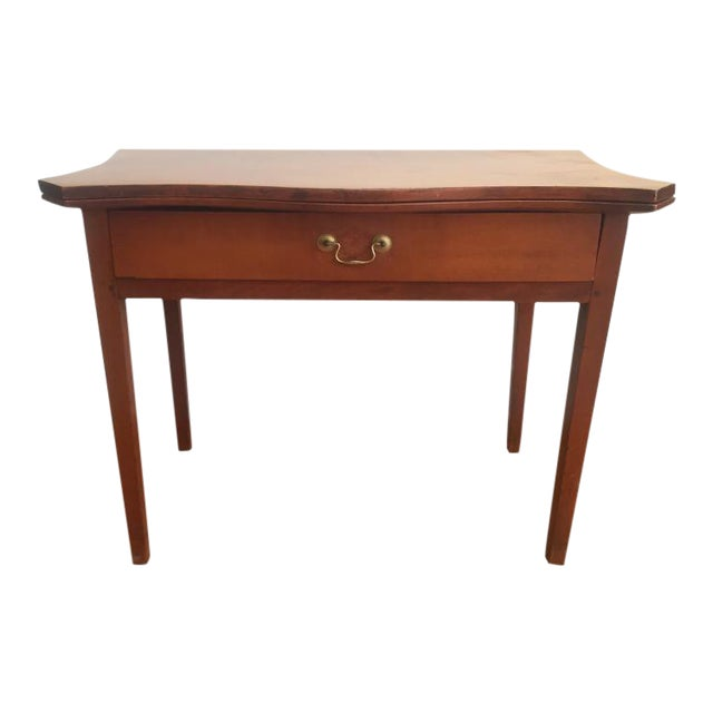19th Century Hepplewhite Cherrywood Serpentine Game Table For Sale