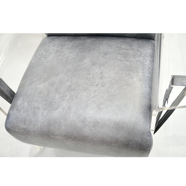 Bespoke Modernist Lucite Acrylic Lounge Armchair - in Showroom For Sale In New York - Image 6 of 12