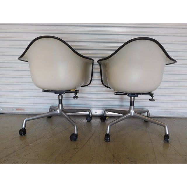 1979 Herman Miller Green Office Chairs - Pair - Image 4 of 11