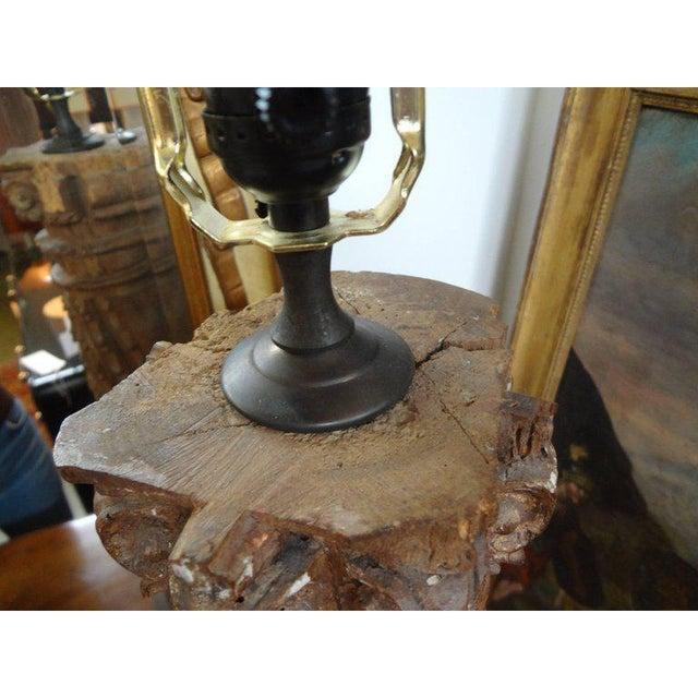 Gold 19th Century Italian Giltwood Corinthian Column Table Lamp For Sale - Image 8 of 11