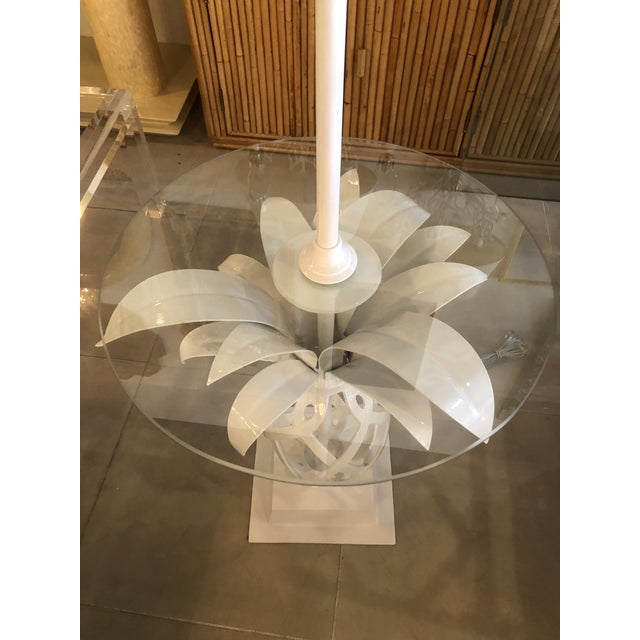 Vintage metal pineapple floor table lamp. This has been newly professionally powder coated in gloss white, new glass top,...