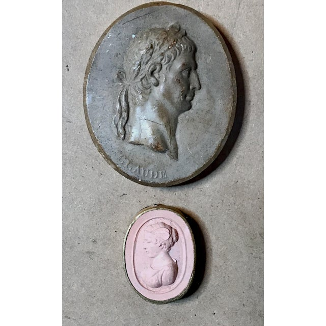 Early 19th Century Antique Framed Italian Plaster Cameos and Intaglios For Sale In Los Angeles - Image 6 of 10