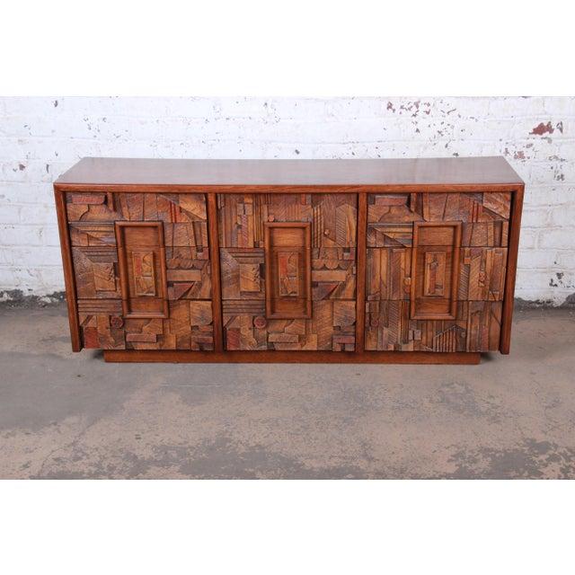 Mid-Century Modern Lane Pueblo Brutalist Mid-Century Modern Oak Long Dresser or Credenza, 1970s For Sale - Image 3 of 13
