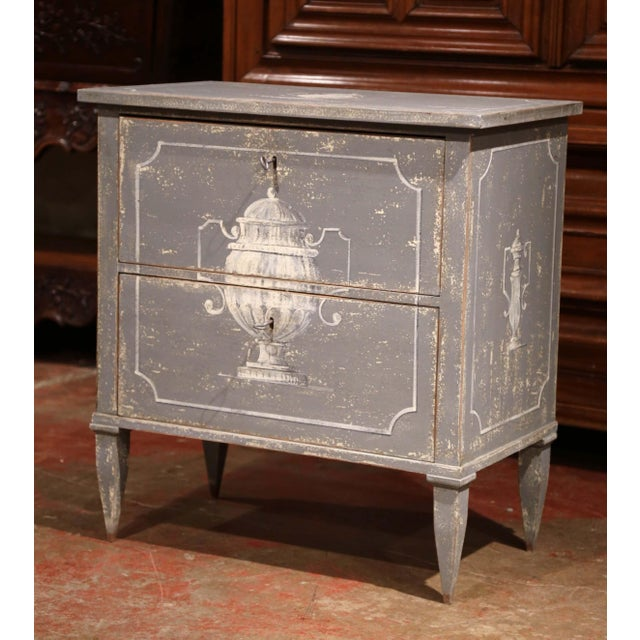 White Pair of Early 20th Century French Louis Philippe Painted Nightstands or Commodes For Sale - Image 8 of 11