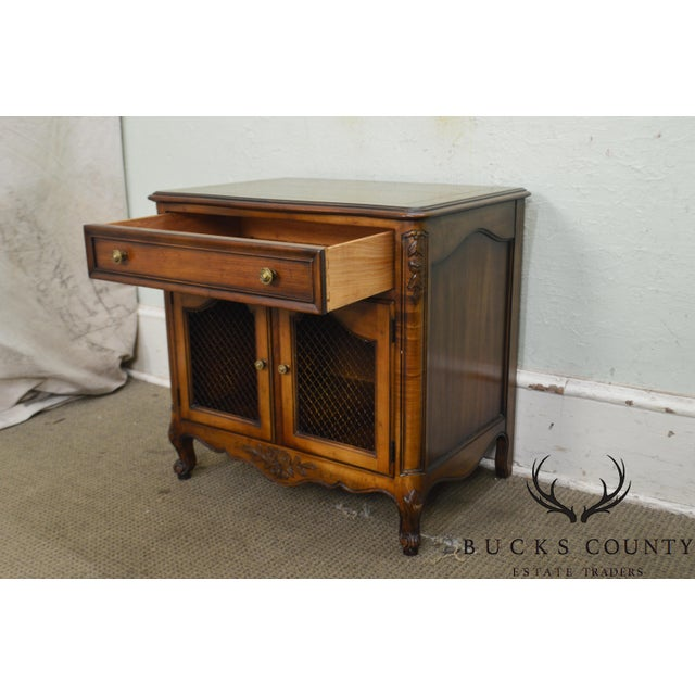 Brown Kindel Beauclair French Louis XV Style Vintage Fruitwood Nightstand For Sale - Image 8 of 13