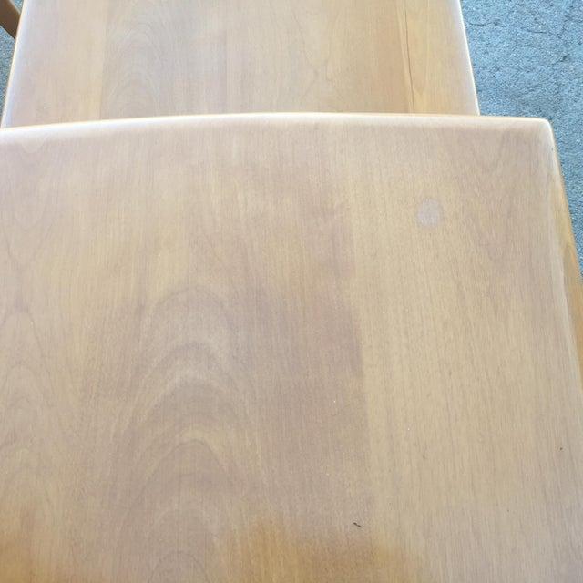 Pair of Heywood-Wakefield Champagne Blonde Saber Leg Side Tables - Image 10 of 11