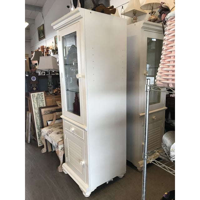 White Broyhill Furniture Beach Cottage Style Cabinet For Sale - Image 8 of 11