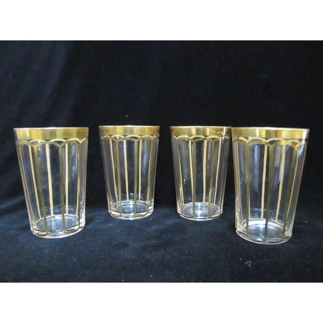 Transparent Vintage Mid Century Hand Cut Fine Crystal & Gold Gilt Etched Poppy Flower Glass Set- 4 Pieces For Sale - Image 8 of 8