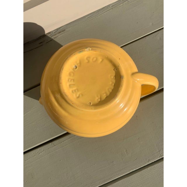 Vintage 1940s Yellow Pottery Pitcher W/Ice Lip by Bauer Pottery For Sale In Los Angeles - Image 6 of 7