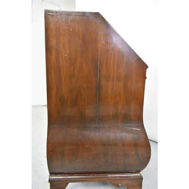 18th Century George 11 Burr Walnut Bombe Drop Front Writing Desk Bureau For Sale - Image 4 of 7