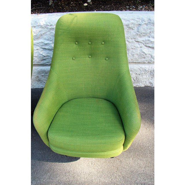 Fabric 1950s Vintage Mid-Century Modern Viko Baumritter High Back Swivel Chairs S/2 For Sale - Image 7 of 11