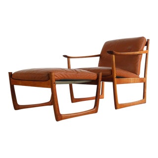 Vintage Mid Century Peter Hvidt Orla Molgaard-Nielsen for France and Son Model Fd130 Easy Chair and Ottoman For Sale