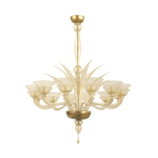 1940s Italian Venetian Murano Gold Dusted Glass 12 Arm Chandelier For Sale
