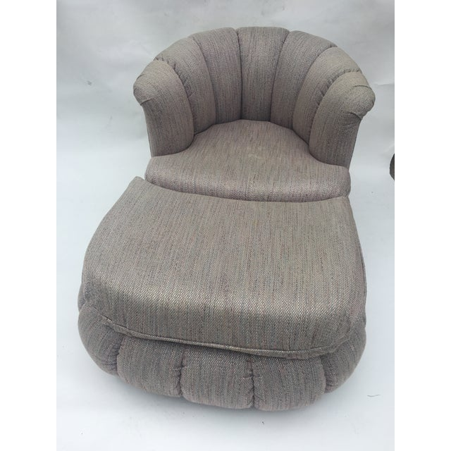 1980s Vintage Milo Baughman Style Shell Swivel Chair & Ottoman For Sale - Image 4 of 13