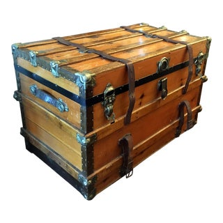 1900's Traditional Wooden Trunk For Sale