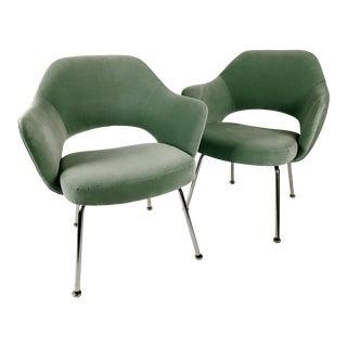 Knoll Eero Saarinen Executive Armchairs in Light Green Velvet - a Pair For Sale