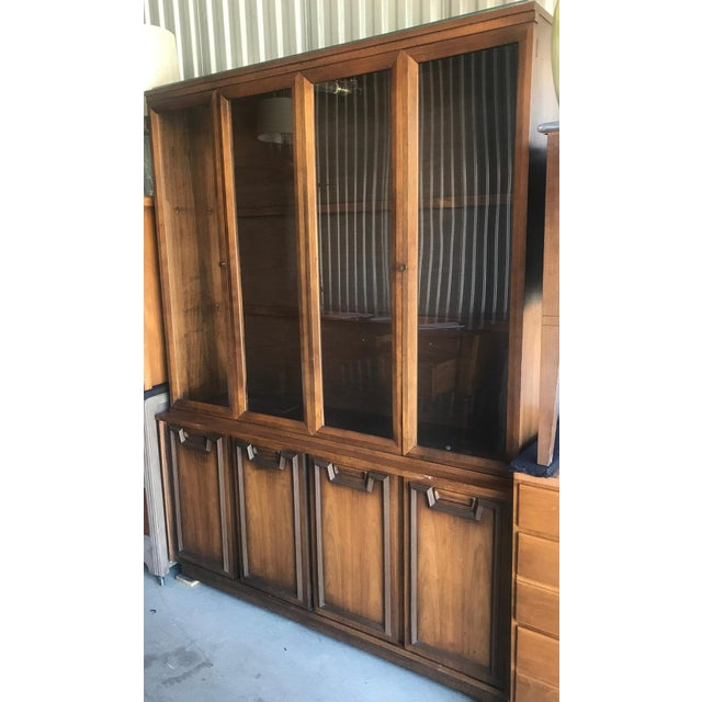Mid Century Modern Hutch / China Cabinet For Sale - Image 12 of 13
