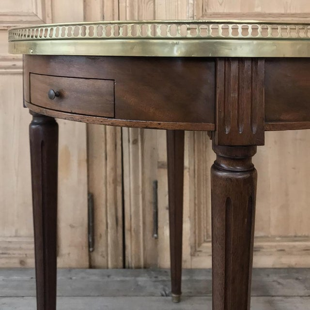 19th Century French Directoire Marble Top Round End Table For Sale - Image 10 of 13