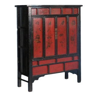 19th Century Chinese Red Lacquered Cabinet With Flowers For Sale