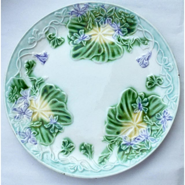 French Provincial 1900s French Provincial Majolica Violets Ceramic Plate For Sale - Image 3 of 3