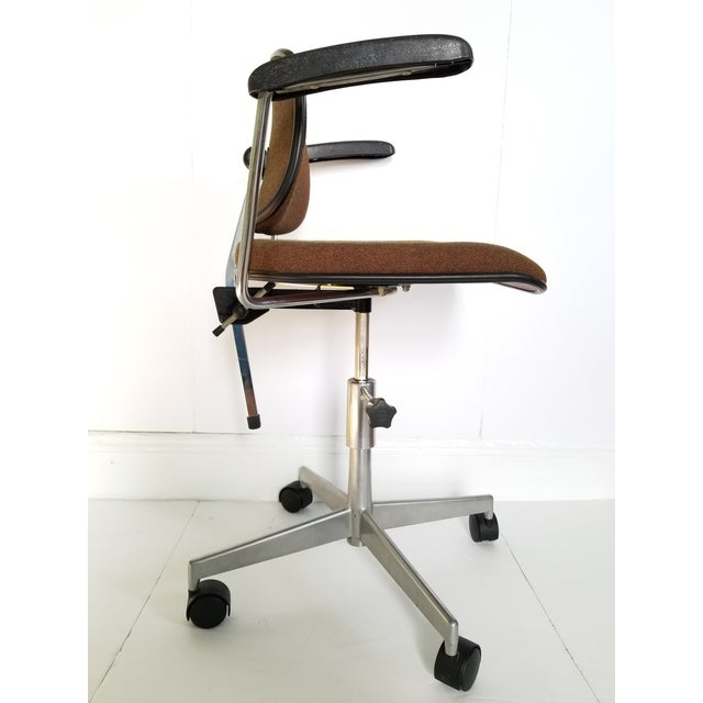 Labofa Mid-Century Modern Desk Chair For Sale - Image 9 of 13