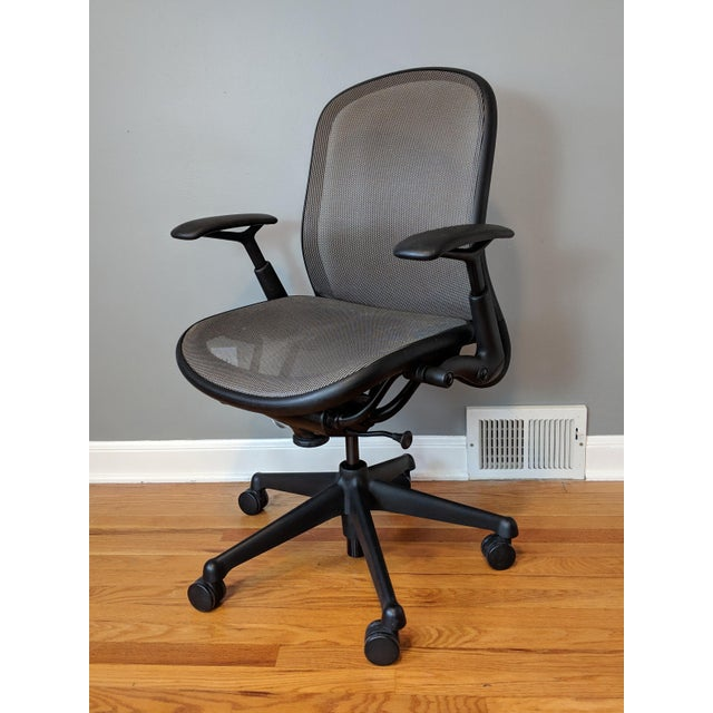 2010s Contemporary Knoll Chadwick Black Office Desk Chair For Sale - Image 5 of 12