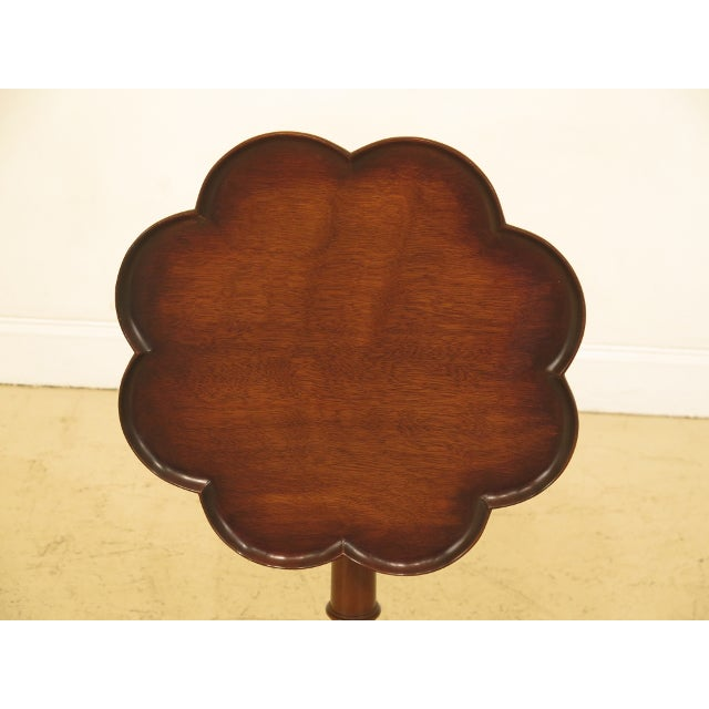 Item: 45163EC: KITTINGER Clove Top Mahogany Tilt Top Table Age: Approx: 40 Years Old Details: Model #OD777 High Quality...