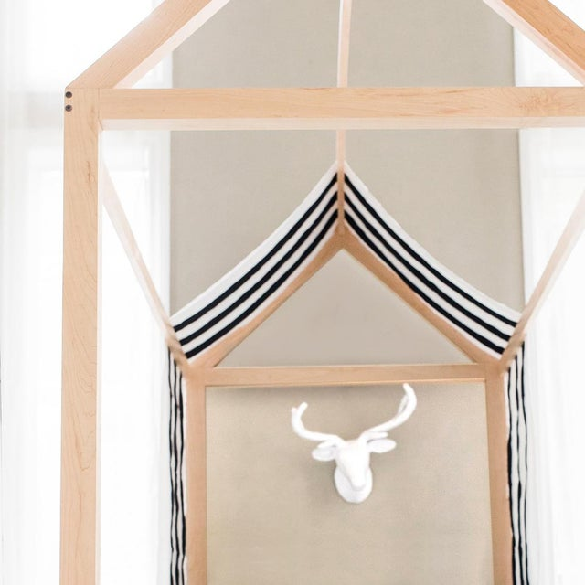 Contemporary Domo Kids Twin Canopy Bed With Rails in Maple For Sale - Image 3 of 5