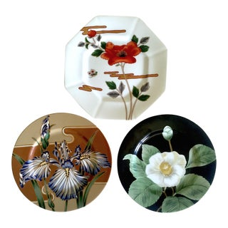 Fitz & Floyd Japan Vintage Contemporary Modernist Floral Porcelain Dessert Plates - Set of 3 For Sale