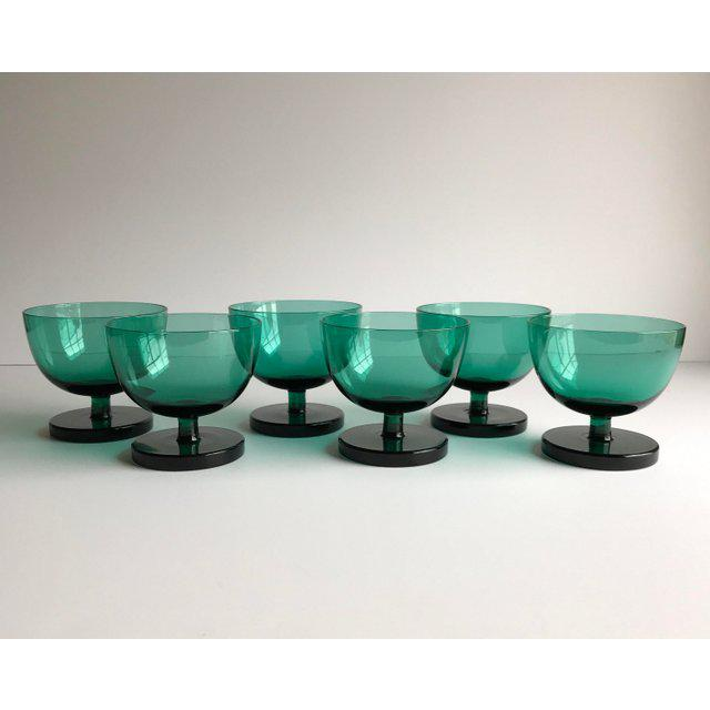 Set of 6 emerald green coupe / low sherbet glasses. Beautiful addition to your bar, table and parties!