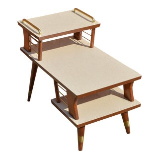 Mid-Century Modern End Table For Sale