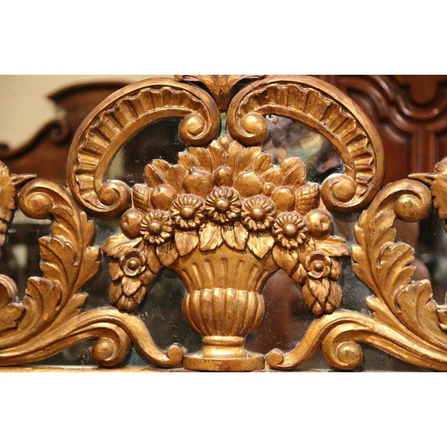 18th Century French Carved Gilt and Glass Wall Hanging For Sale In Dallas - Image 6 of 9