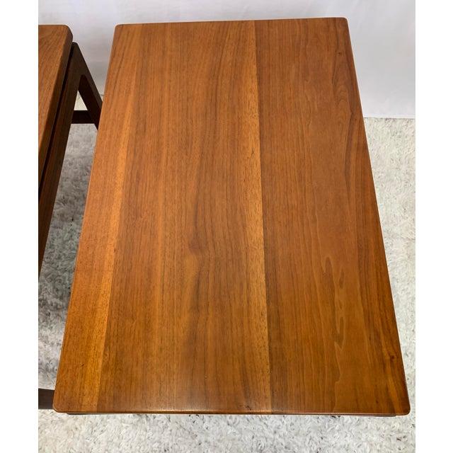 Gunlocke Mid-Century Danish Modern Walnut End Tables by Gunlocke For Sale - Image 4 of 11