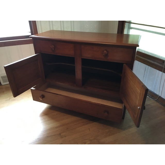 1940s Colonial American Style Maple Buffet Cabinet For Sale - Image 4 of 6