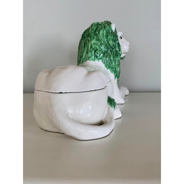 1950s Mid-Century Italian Ceramic Lion Lidded Catchall For Sale - Image 5 of 10