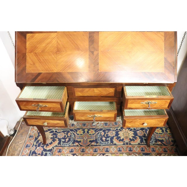 19th Century Italian Antique Louis XV Style Luxury Chest of Drawers With Secretaire For Sale - Image 10 of 13