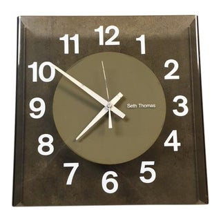 "1972 Seth Thomas ""Visionette"" Clock For Sale"
