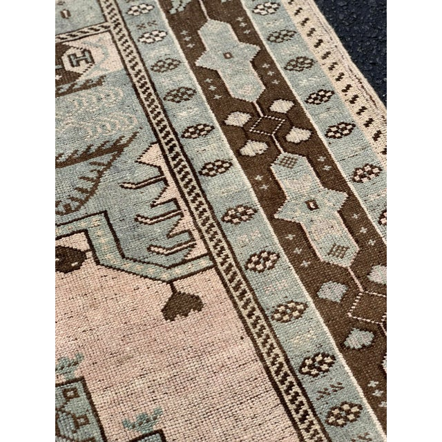 "Brown 1950's Vintage Turkish Oushak Wool Rug - 4'8"" x 8'1"" For Sale - Image 8 of 13"