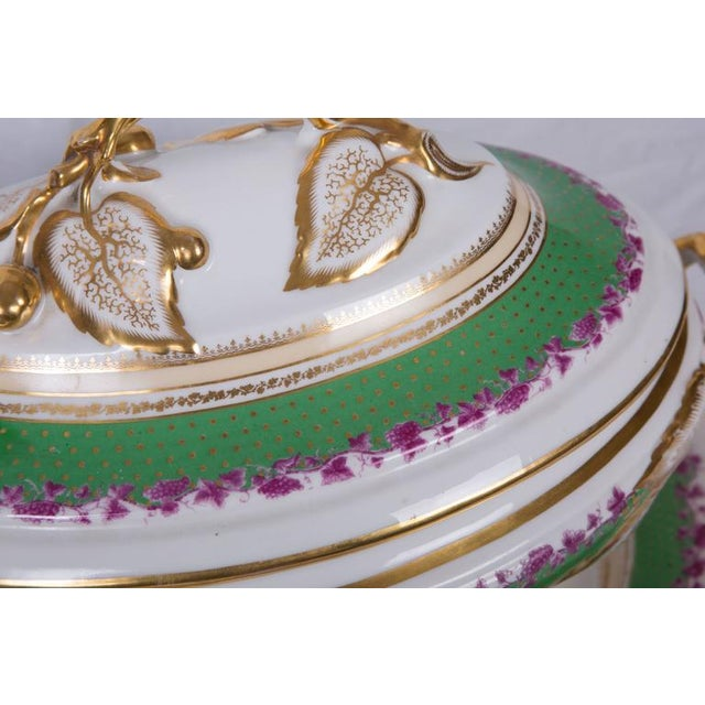 French 19th Century French Old Paris Lidded Oval Tureen with Underplate For Sale - Image 3 of 6