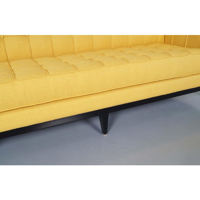"Elegant Tufted ""Vista"" Sofa by Cruz Design Studio For Sale - Image 9 of 10"